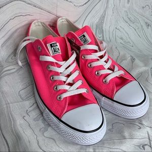NWT Converse Low Top Neon Pink